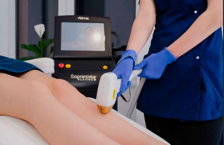 Самая популярная процедура сегодня, конечно, лазерная эпиляция